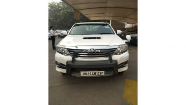 Toyota Fortuner 2015 4x4 AT